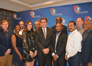 Employees celebrated at the 4th annual Vice-Chancellor's Excellence awards