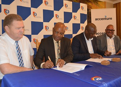 CUT and Accenture formalise their partnership
