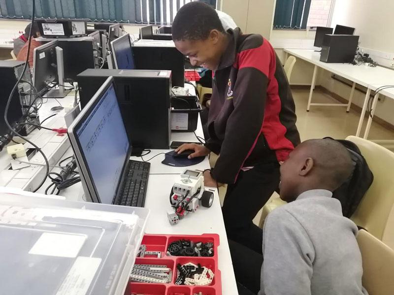 CUT STEM Academy introduces high school learners to robotics