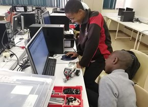 CUT STEM Academy introduces high school learners to robotics