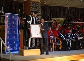 Dr Maleho Seane receives Chancellor's Excellence Award