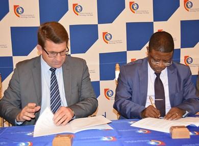 Botswana Open University and CUT formalise relations