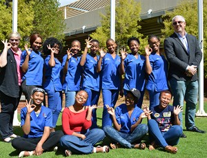 Kevin Henry inspires dental assisting students